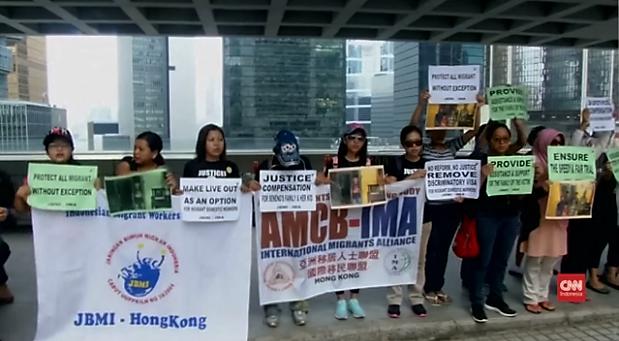 Komunitas TKI yang pernah saya ikuti selagi bekerja di Hong Kong. Melalui komunitas atau perkumpulan inilah aspirasi buruh menjadi semakin nyaring dan didengar pemerintah foto dari berita CNN
