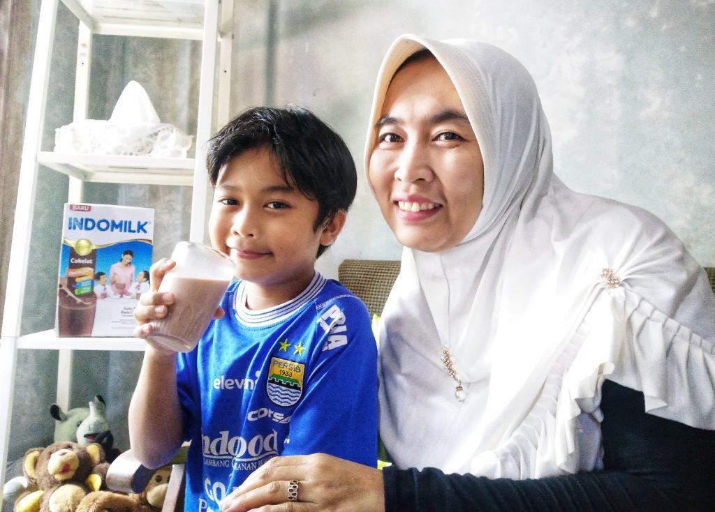 Indomilk Susu Bubuk bikin anak hebat