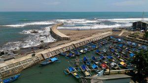 KULARI KE PANTAI: Pelabuhan Jayanti Cianjur