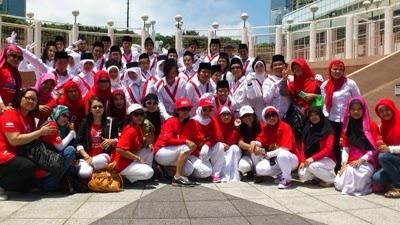 Pasukan merah putih para buruh di Hong Kong foto: Fera Nuraeni